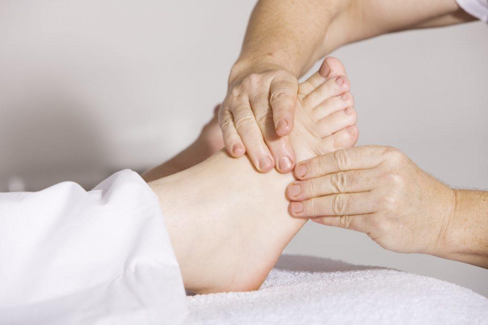 Cuidado com feridas nos pés para diabéticos