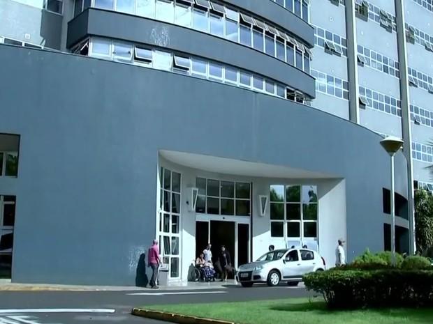 Câmara hiperbárica ajuda pacientes com infecções graves em Rio Preto